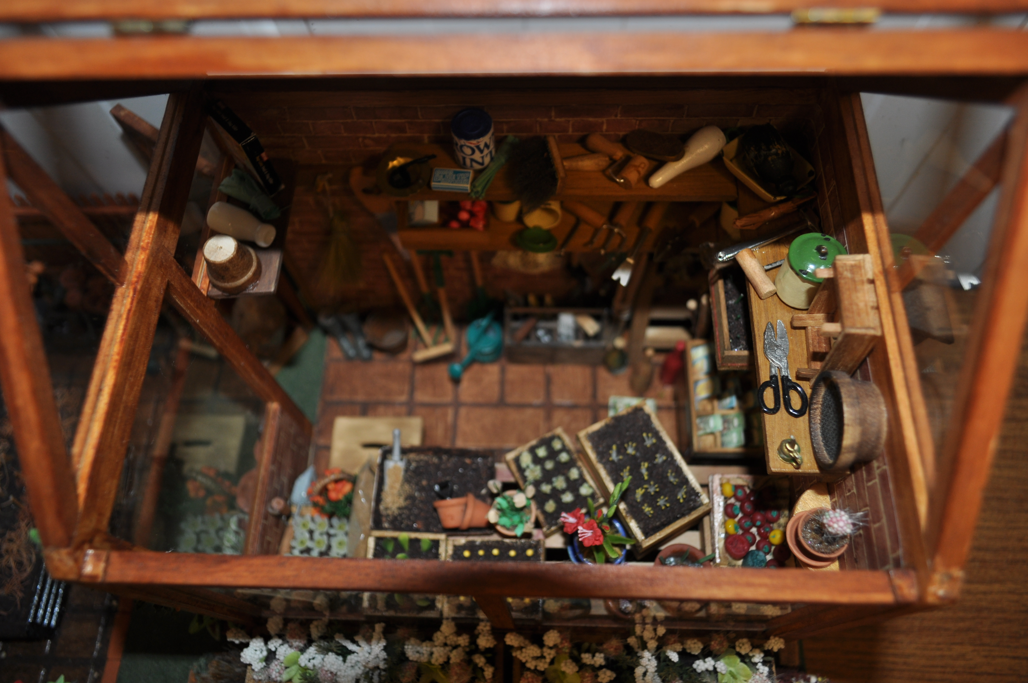 Miniatures Weaverthorpe Dolls House Doll Wiring We Cater For Everyone From The First Time Buyer That Is Just Developing An Interest In Hobby Through To Serious Collector